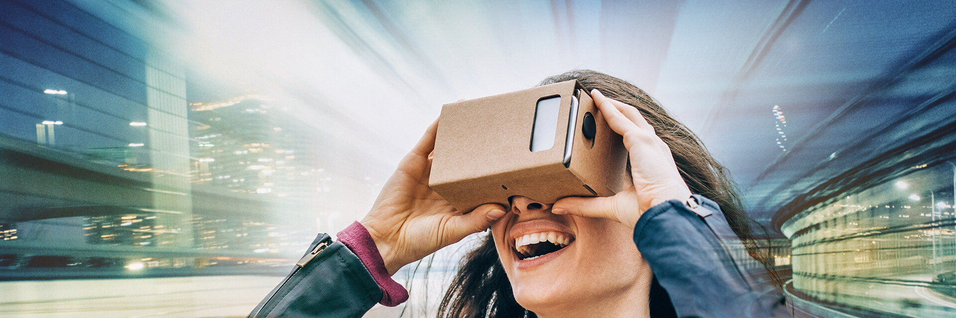 Content providers Netflix and Hulu have teamed up with virtual reality producers Google and Samsung.